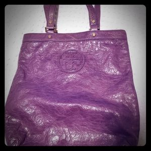 TORY BURCH LEATHER TOTE w/ dust bag Purple